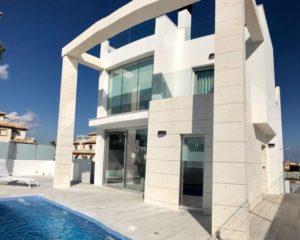 Palm Beach II, 3 soveroms storslått villa med privat basseng i Lomas de Cabo Roig ved La Zenia